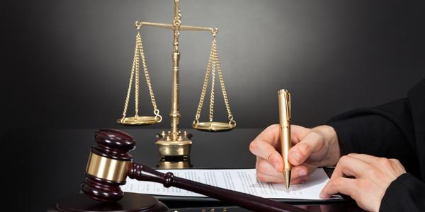 弁護士なら全ての債権回収を代行できる